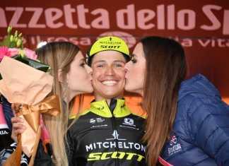 Esteban Chaves Giro de Italia Histórico (Ph. Tw Girditalia)