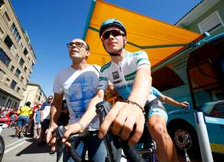 Miguel Ángel López - Etapa 18 Vuelta a España (Ph. Astana tw - BettiniPhoto) - Escarabajos Colombianos