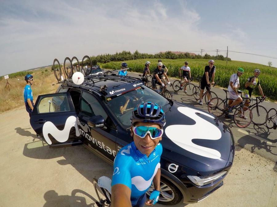 Nairo Quintana - Rueda de prensa Vuelta a España (Ph. Movistar Team) Escarabajos Colombianos