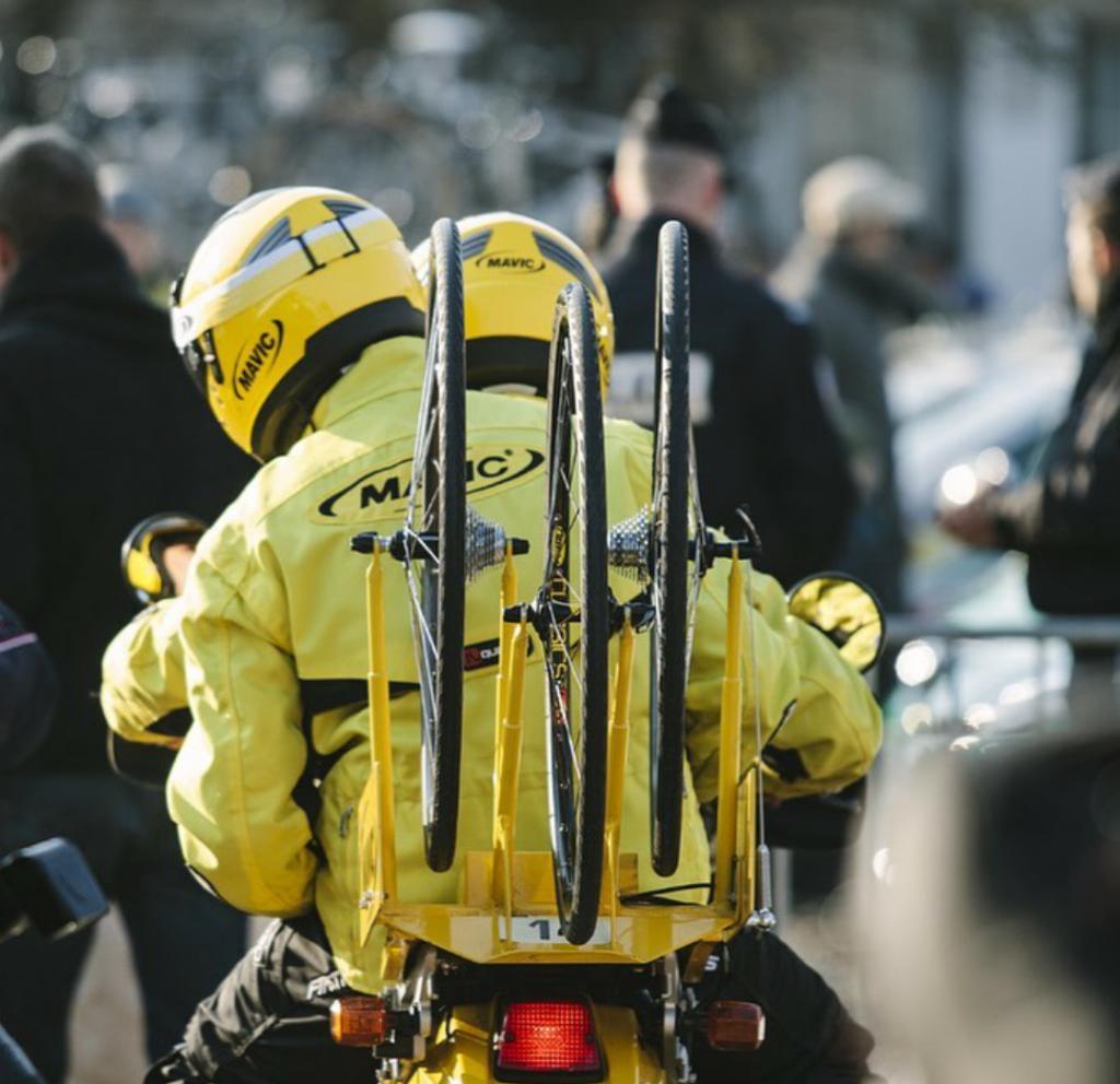 Bernard Hinault se une para salvar marca de interés en el ciclismo mundial declarada en quiebra