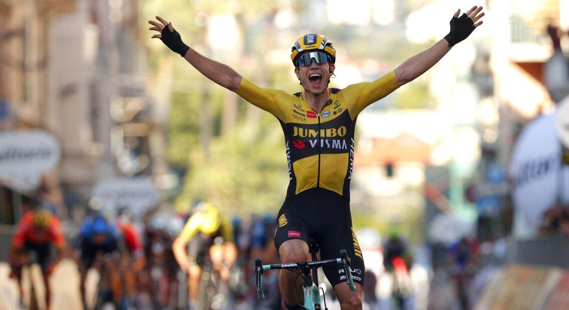 Van Aert Jumbo Visma Sanremo - ph. Jumbo Visma - www.ciclismocolombiano.com