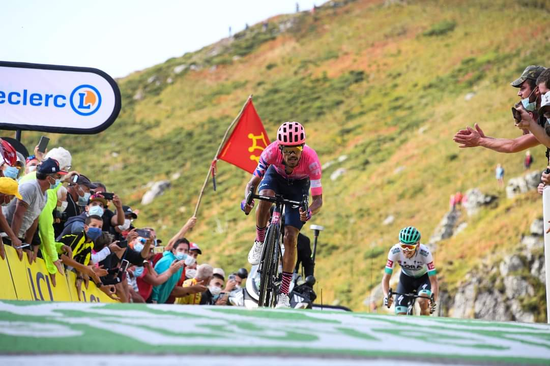 Martínez Kamna etapa 13 Tour de Francia 2020 - ph. Le Tour fb - www.ciclismocolombiano.com