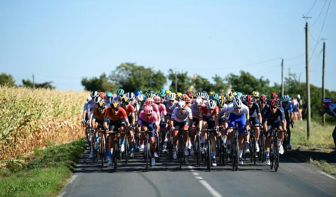 Retiro favorito Tour de Francia 2020 Ph: instagram Tour de France/Puline Ballet- www.ciclismocolombiano.com