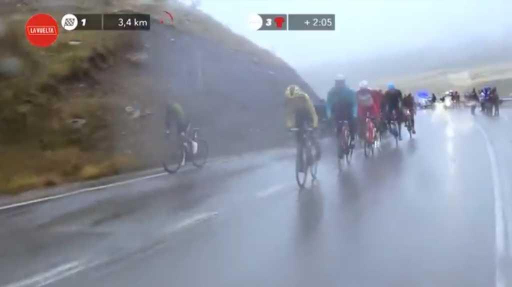 Ataque de Esteban Chaves en la etaoa 6 de la Vuelta a España 2020