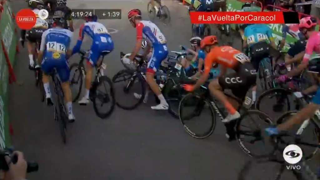 Caída etapa 5 Vuelta a España 2020