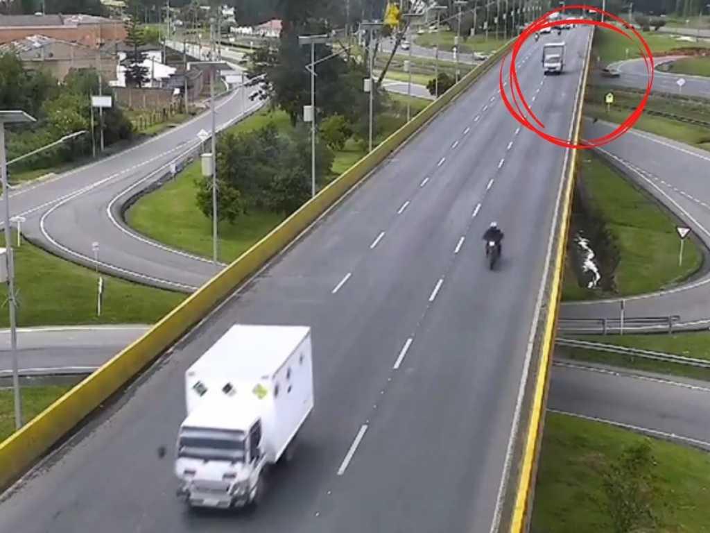 Ciclista Chía falleció camión decisión