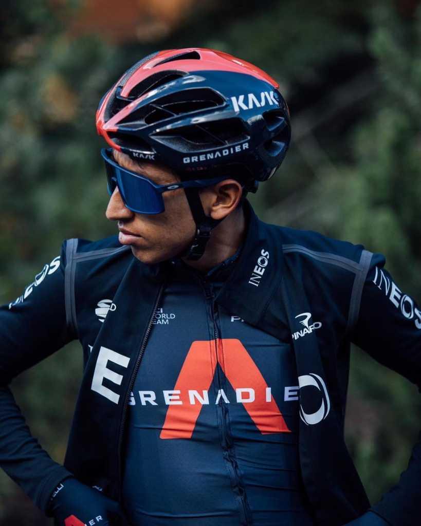 Egan Bernal lesión espalda detalles