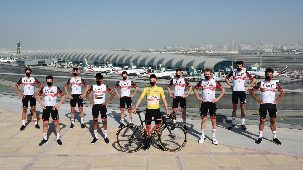 Crono hora salida UAE Tour 2021