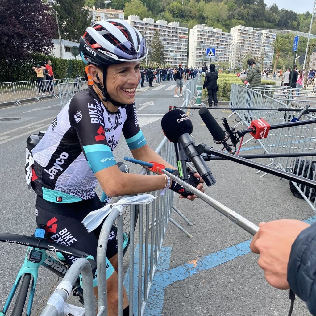 próximas carreras Esteban Chaves luego de País Vasco 2021 Bike Exchange