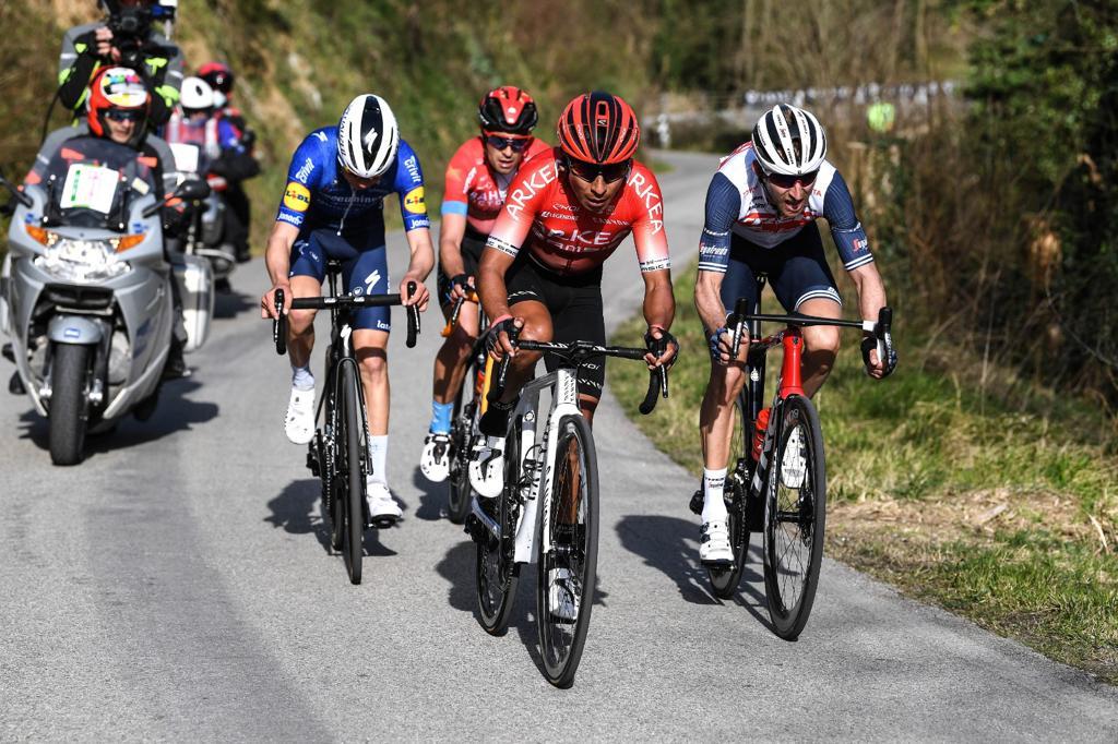 Nairo Quintana Vuelta a Asturias 2021 Positivo mensaje