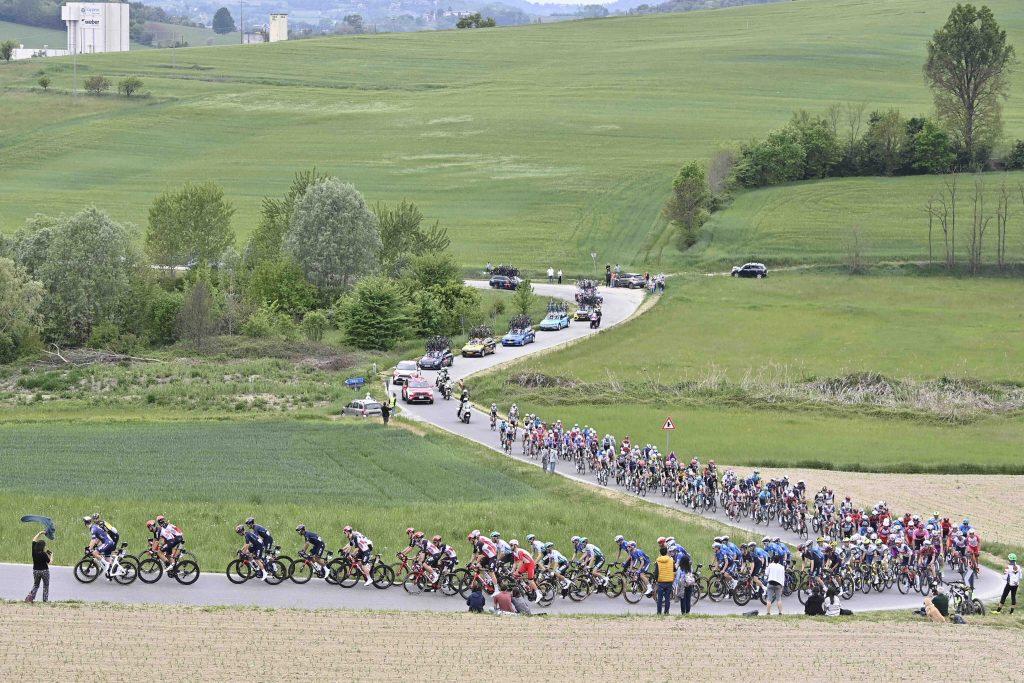diferencias favoritos etapa 2 Giro Italia 2021