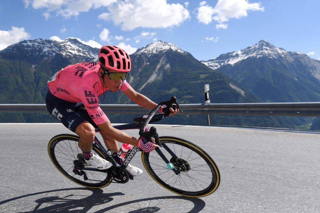 Rigoberto Urán ataque etapa 8 Tour de Suiza 2021