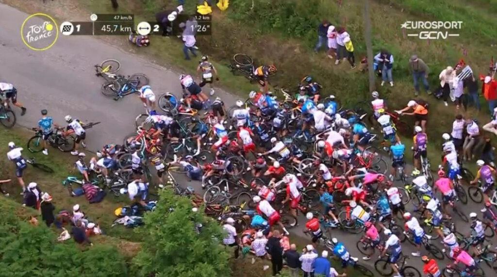 Caida etapa 1 Tour de Francia 2021