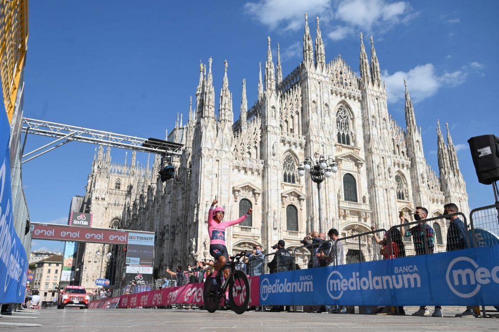 Egan Bernal mejores momentos Giro de Italia 2021