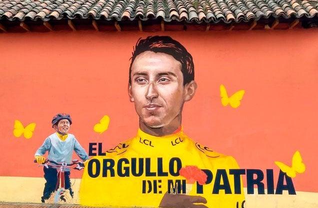 Julián Torres y Egan mural