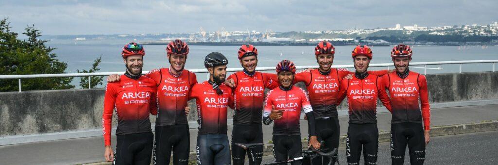 Nairo Quintana con la formación del Arkea Samsic en el Tour de Francia 2021