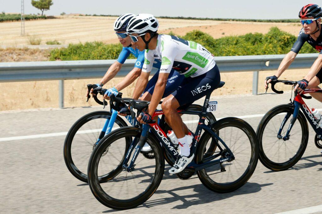 Egan Bernal habla Miguel Ángel López Vuelta a España 2021