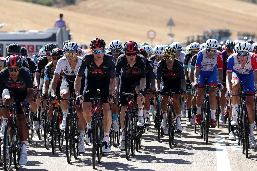 Primoz Roglic sigue líder y así van los favoritos en la general tras la etapa 2 de La Vuelta a España 2021