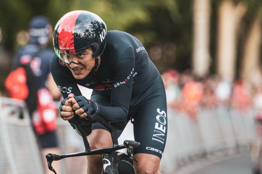 Carapaz en la crono de la etapa 1 en España 2021