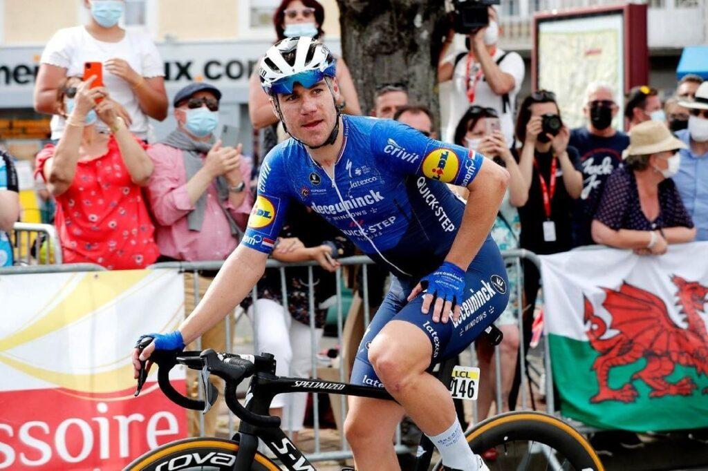 enric mas jakobsen agradable gane etapa 4 Vuelta 2021
