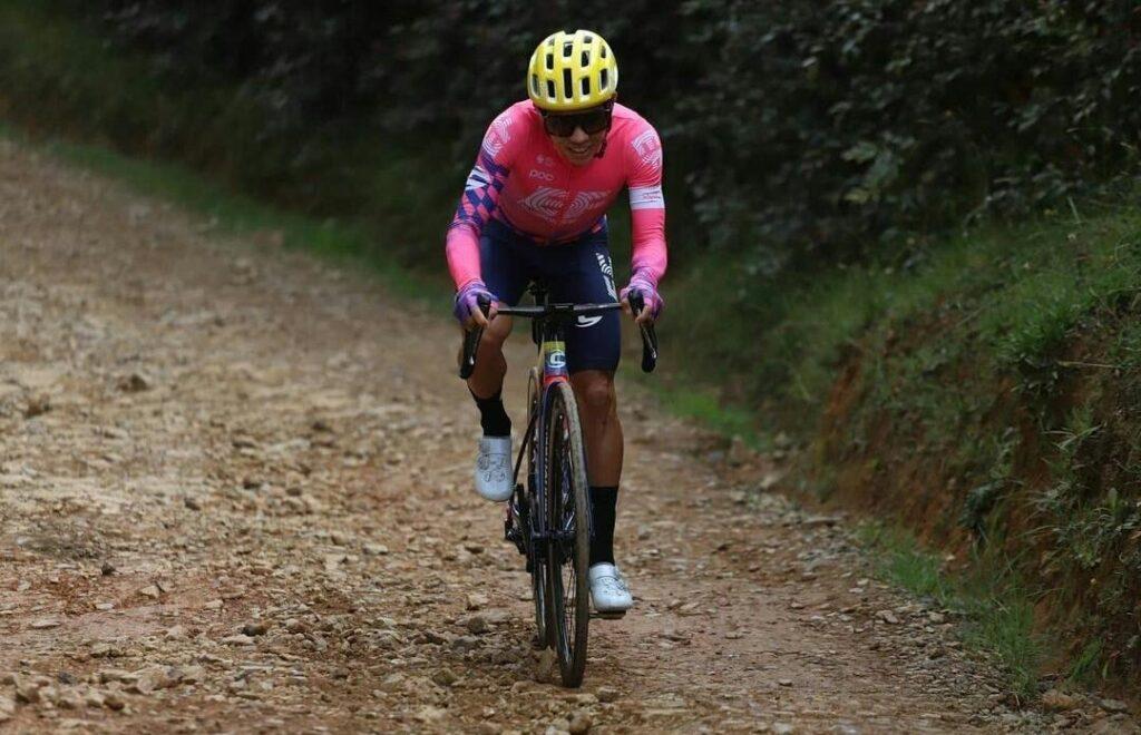 Mundial Ciclismo 2021 momento Sergio Higuita Esteban Chaves previo