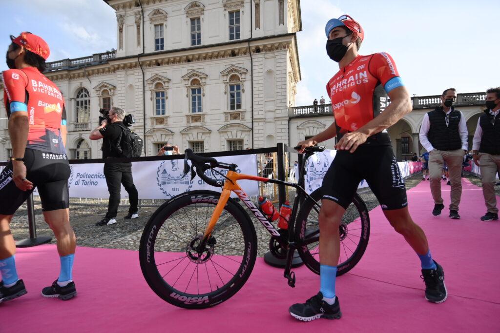 Mikel Landa con su bici