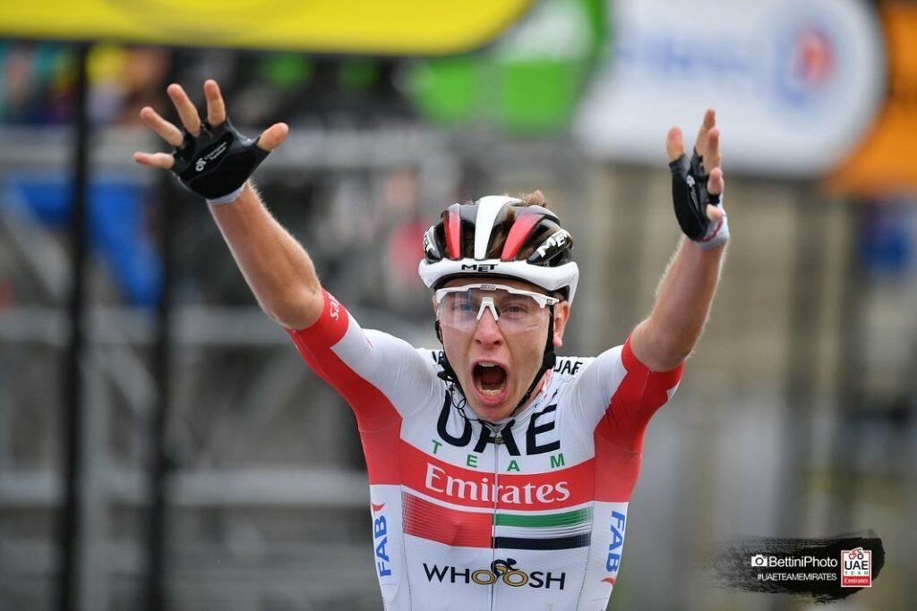 Giro de Emilia 2021 Tadej Pogacar decepcionante desempeño